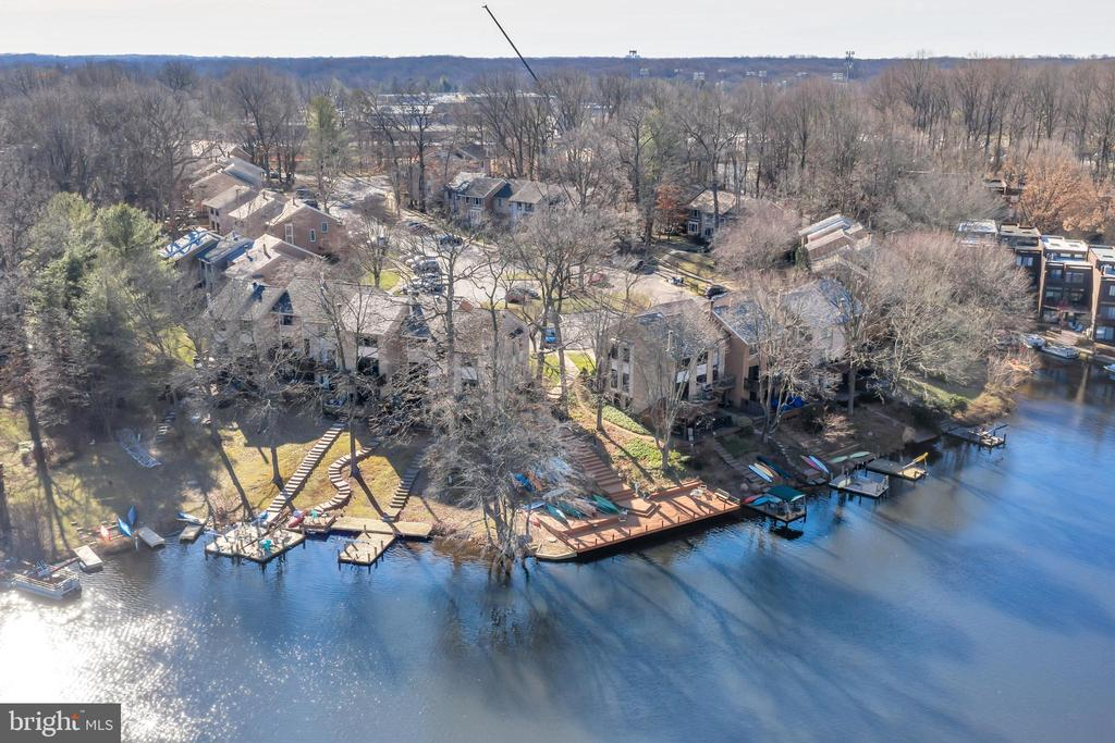 View of Lake Thoreau and the community - 2053 SWANS NECK WAY, RESTON