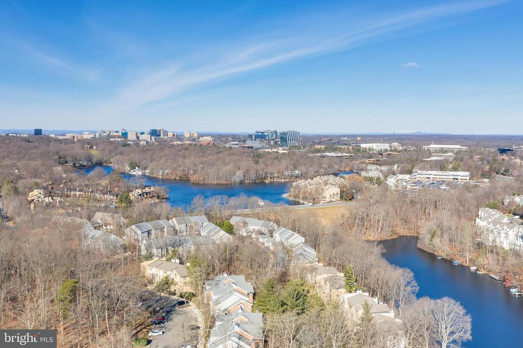 - 2053 SWANS NECK WAY, RESTON