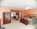 Huge Master Suite - 20176 MOUNTAIN TRACK RD, ORANGE