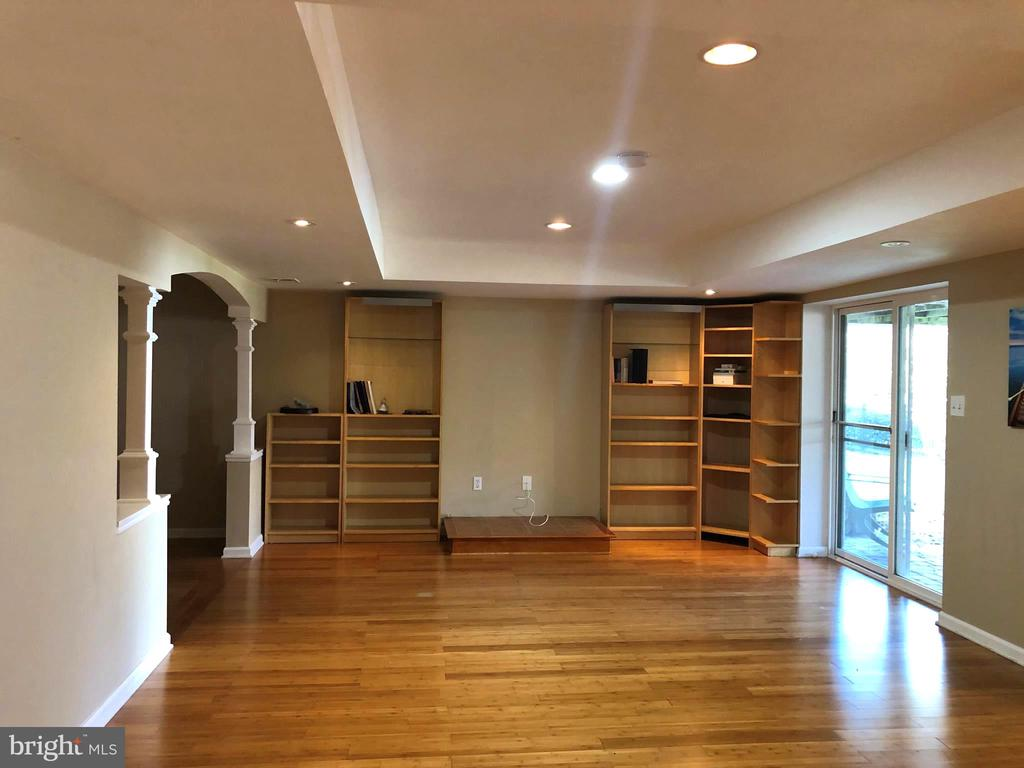 Lots of Natural Light - 812 MORAN DR, ANNAPOLIS