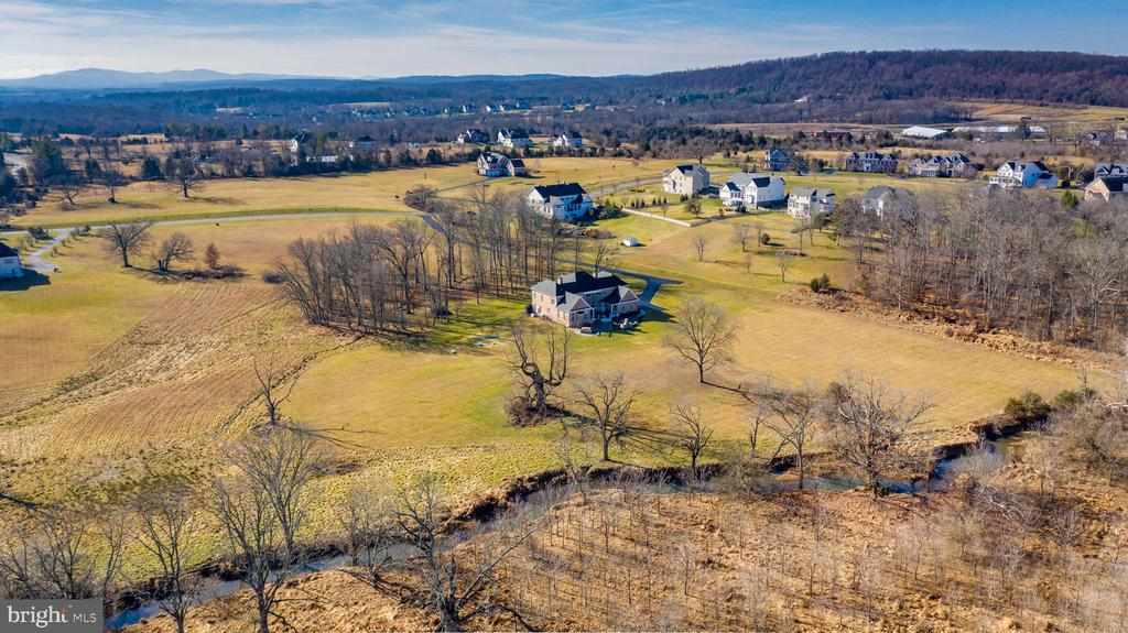 Panoramic Views and Your very own Stream - 19852 SOMERCOTE LN, LEESBURG