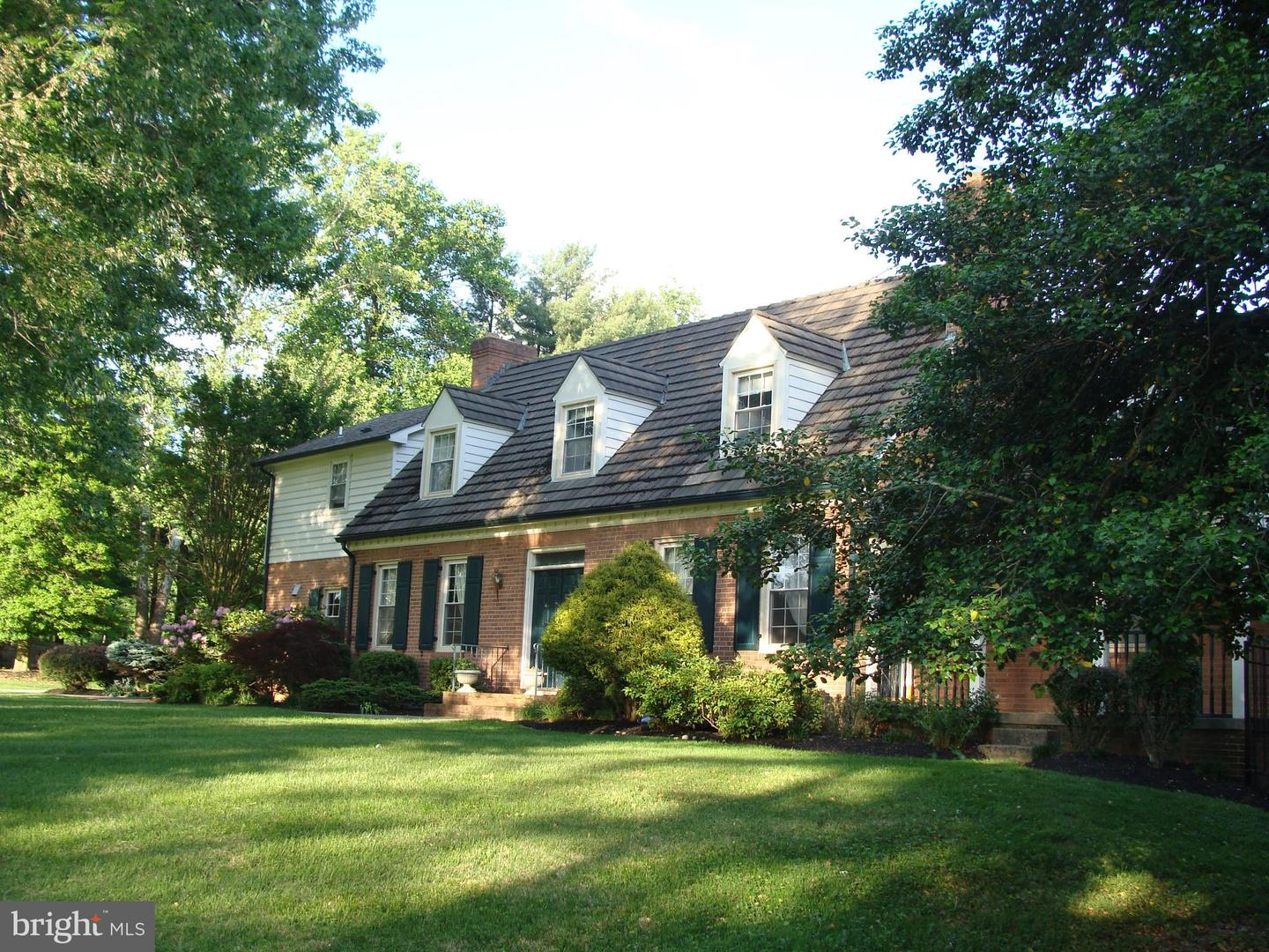 10711 LOCKLAND ROAD, POTOMAC, Maryland