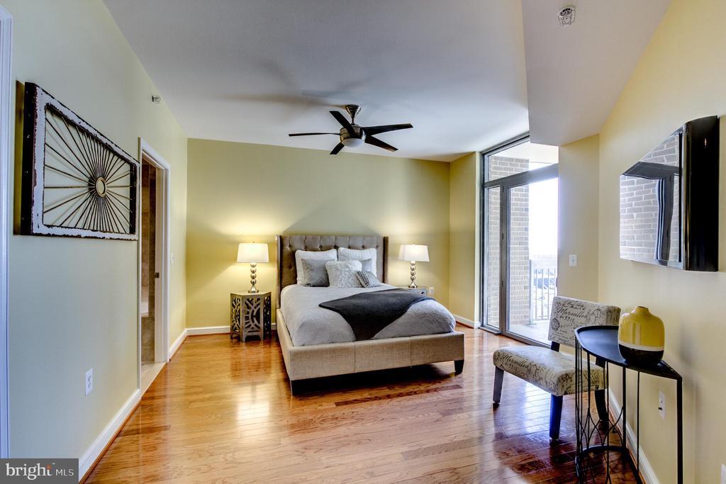 Bedroom Master - 11990 MARKET ST #1401, RESTON
