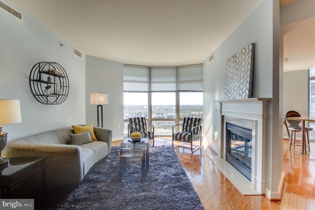Living Room - 11990 MARKET ST #1401, RESTON