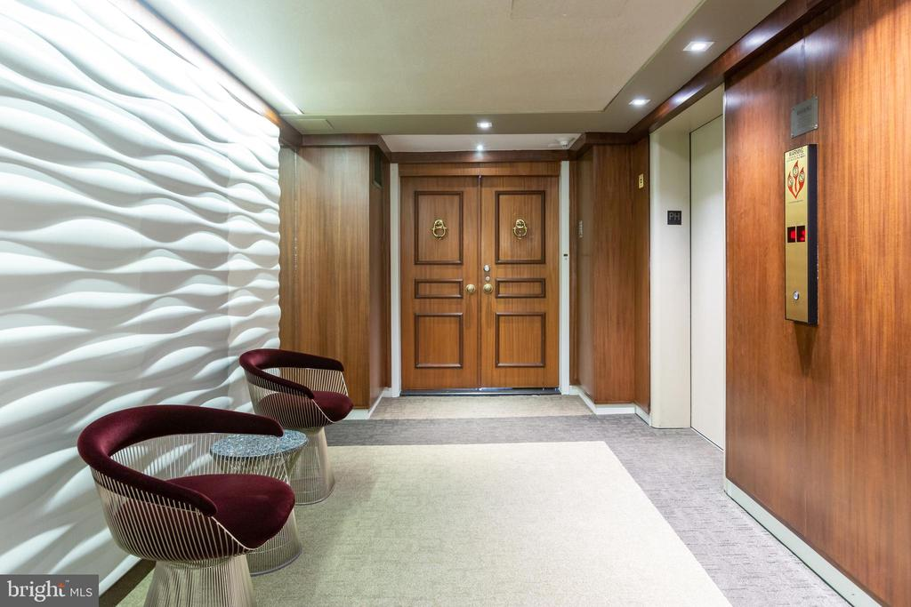 Private elevator accesss - 2510 VIRGINIA AVE NW #1409-N, WASHINGTON