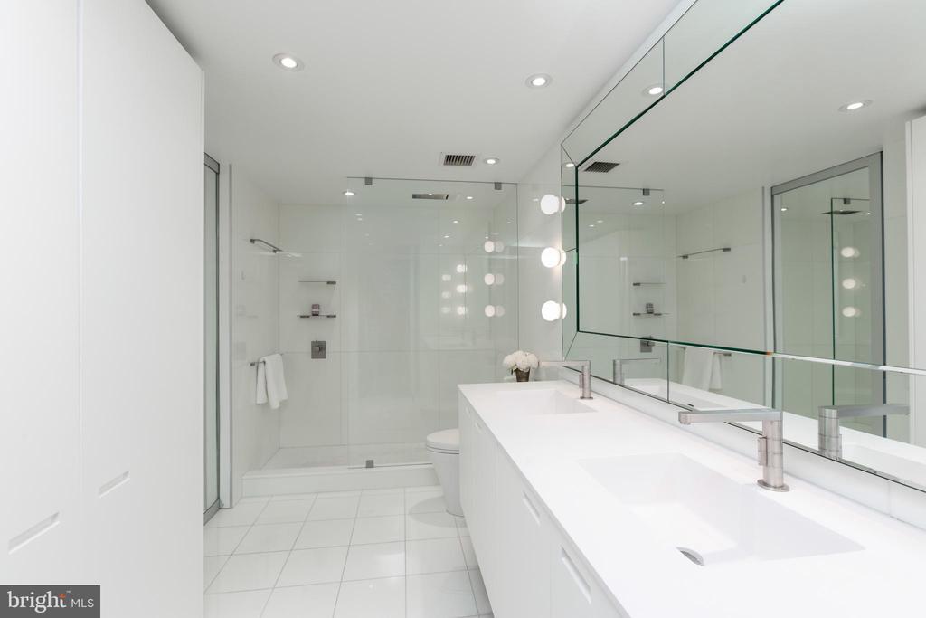 Master Bathroom - 2510 VIRGINIA AVE NW #1409-N, WASHINGTON