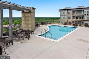 ROOF TOP SWIMMING POOL - 8220 CRESTWOOD HEIGHTS DRIVE #1818, MCLEAN