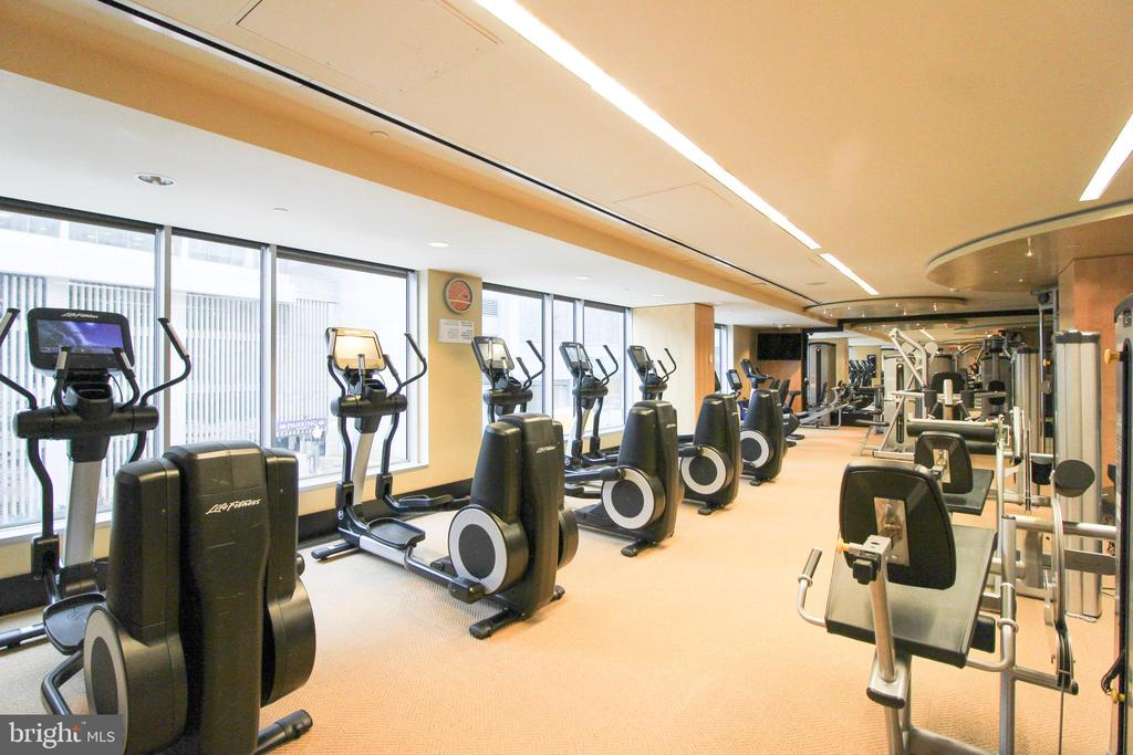 Fitness Center - 1111 19TH ST N #22012202, ARLINGTON