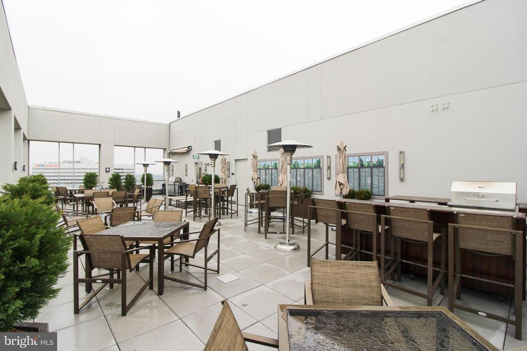 Rooftop Terrace - 1111 19TH ST N #22012202, ARLINGTON