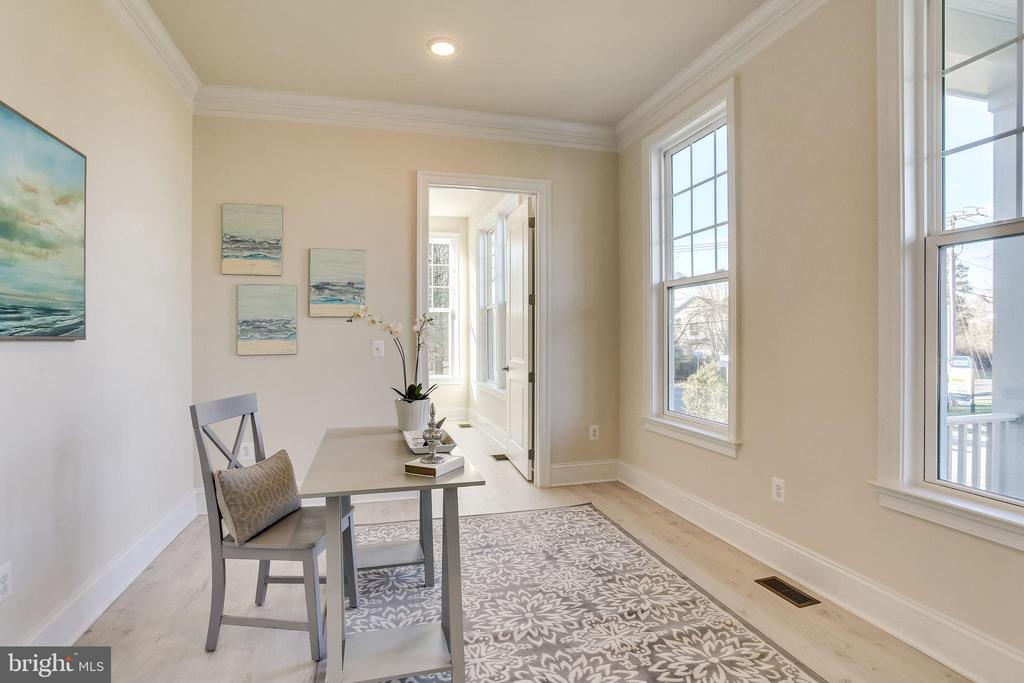 Cheerful office on main level - 1061 MARMION DR, HERNDON
