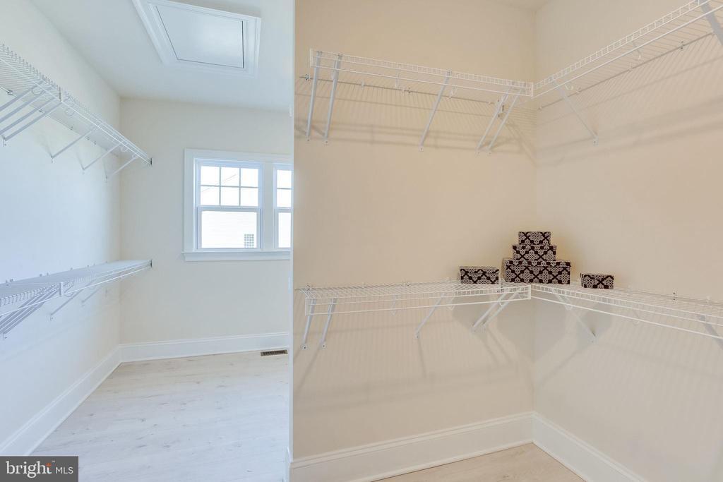 Room-sized master bedroom walk-in closet - 1061 MARMION DR, HERNDON