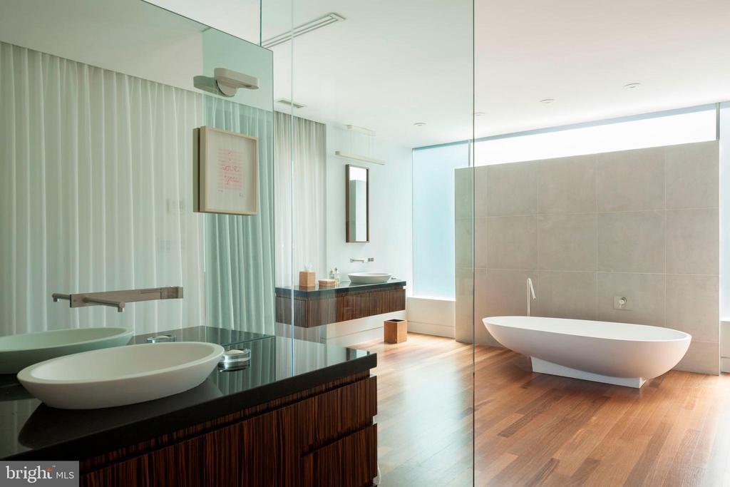 Master Spa-like Bathroom - 3304 R ST NW, WASHINGTON