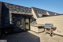 Spacious Roof Deck & Grill Conveys - 419 GUETHLER'S WAY SE, WASHINGTON
