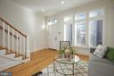 Light Filled Living Room with Hardwood Floors - 419 GUETHLER'S WAY SE, WASHINGTON