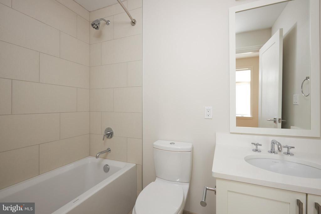 Ultra modern fixtures in bath off 2nd bedroom. - 419 GUETHLER'S WAY SE, WASHINGTON