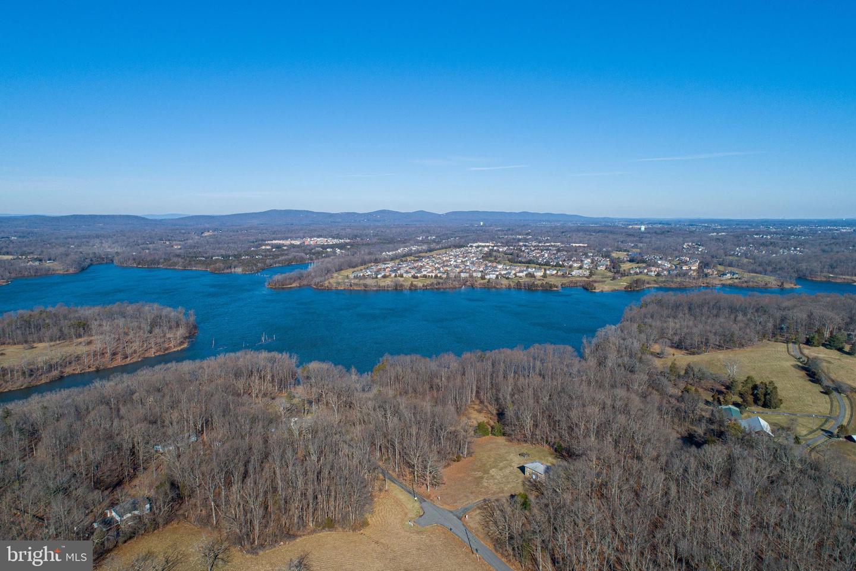 Single Family Homes 為 出售 在 Nokesville, 弗吉尼亞州 20181 美國