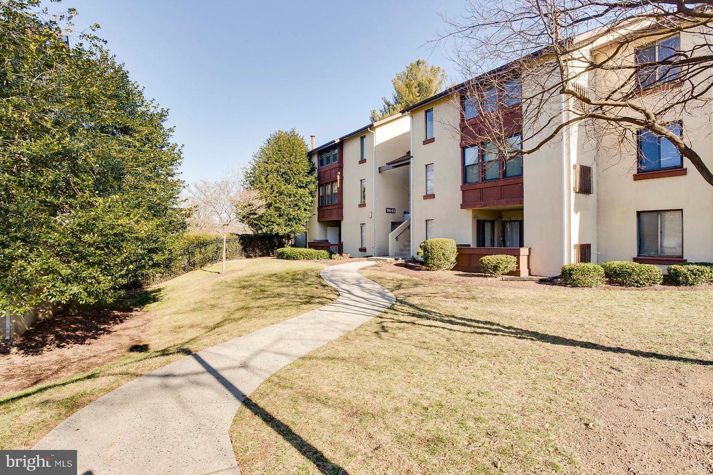 Single Family Homes för Försäljning vid Columbia, Maryland 21045 Förenta staterna