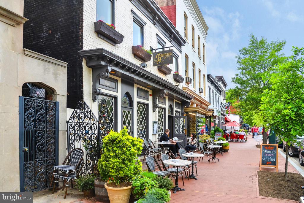 Shops in Capitol Hill - 419 GUETHLER'S WAY SE, WASHINGTON