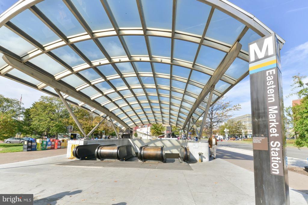 Eastern Market Metro - 419 GUETHLER'S WAY SE, WASHINGTON