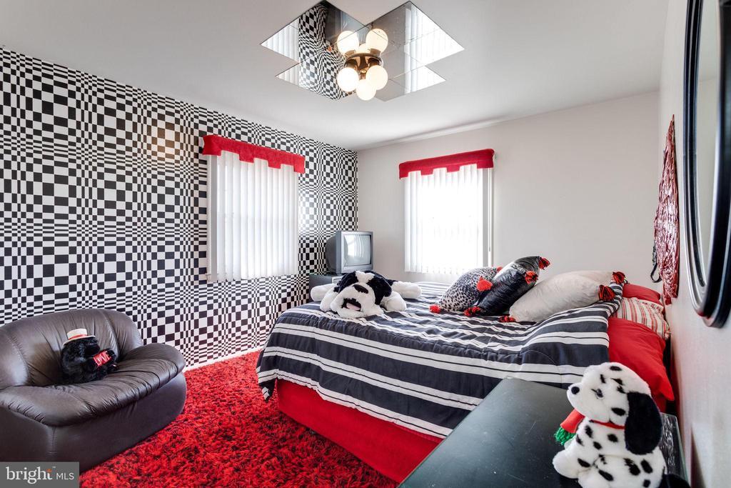Fun 3rd bedroom - 6424 MERIWETHER LN, SPRINGFIELD