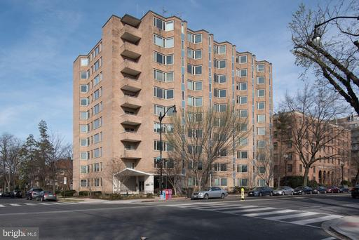 2800 WISCONSIN AVE NW #201