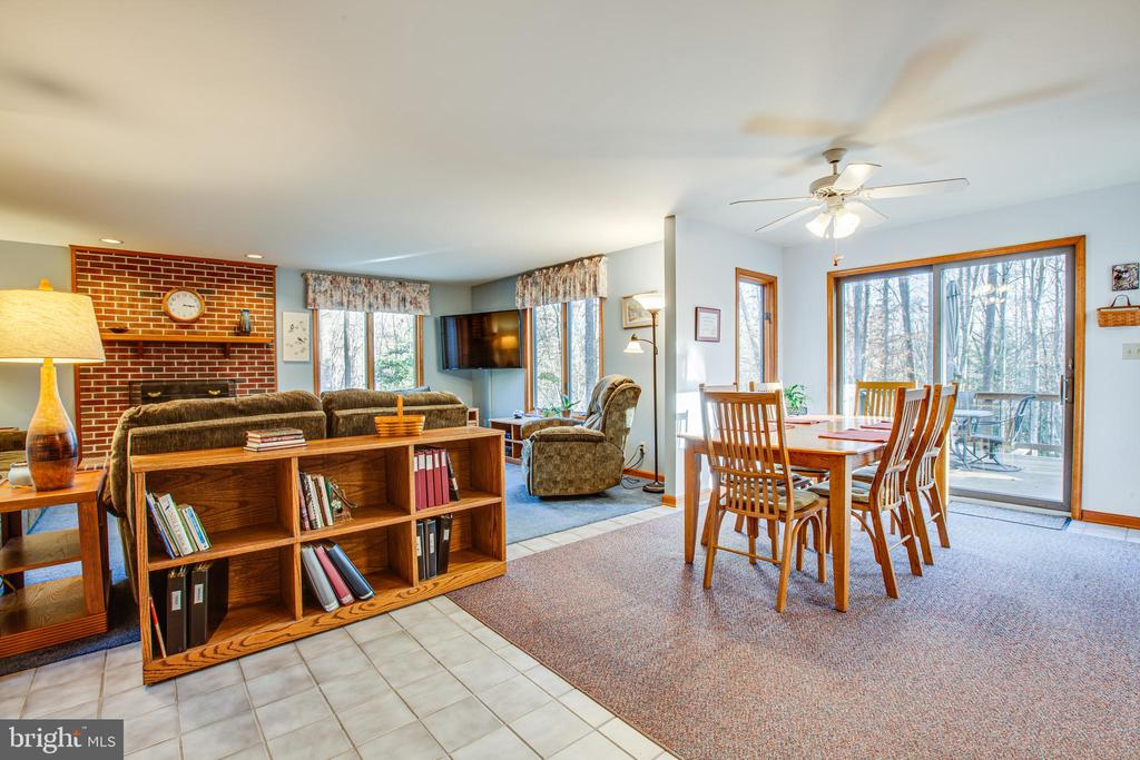 Dining Area with Forest View - 7400 BROWNS FARM RD, SPOTSYLVANIA