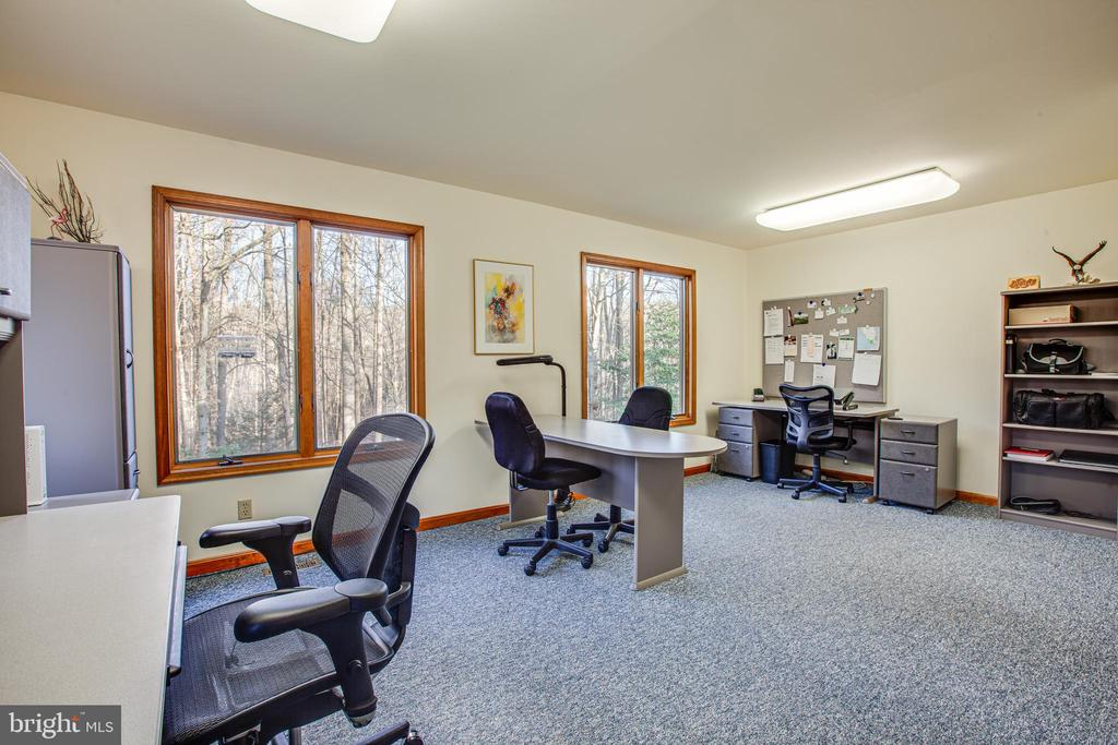 Main Level Bedroom Being Used as an Office - 7400 BROWNS FARM RD, SPOTSYLVANIA