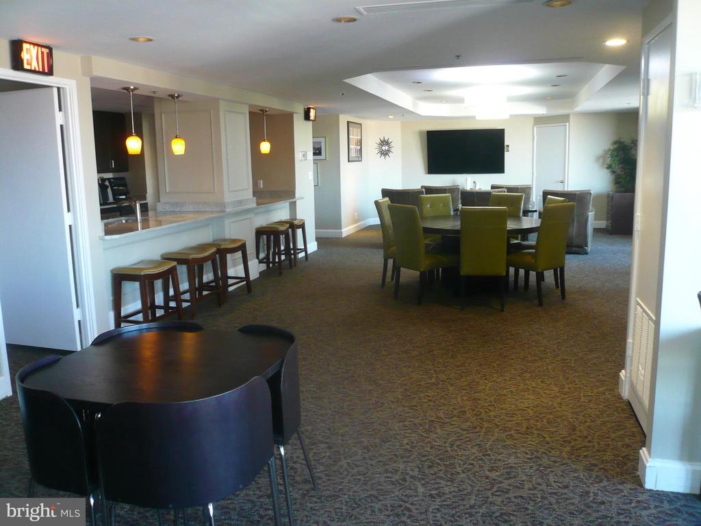 Condominium Party Room - 900 N STAFFORD ST #2015, ARLINGTON