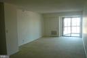 Living Room area leading to balcony - 900 N STAFFORD ST #2015, ARLINGTON