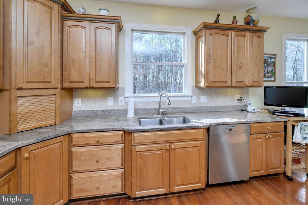 Meile Dishwasher... - 6142 WALKER'S HOLLOW WAY, LOCUST GROVE