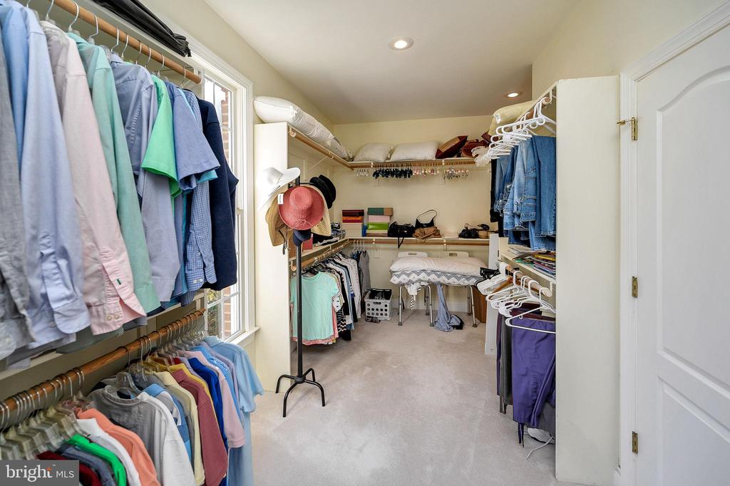 Adjoining 7'x17' Owners Walk-in Closet - 6142 WALKER'S HOLLOW WAY, LOCUST GROVE