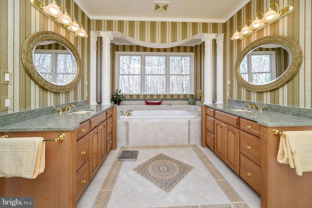 Imported Tile Mosaic & Tub Surround, 6' Roman Tub - 6142 WALKER'S HOLLOW WAY, LOCUST GROVE