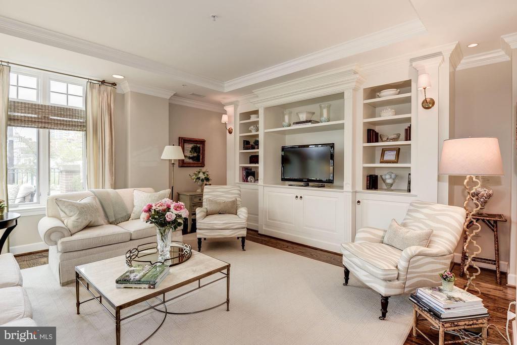 Living Room - 7405 ARLINGTON RD #402, BETHESDA