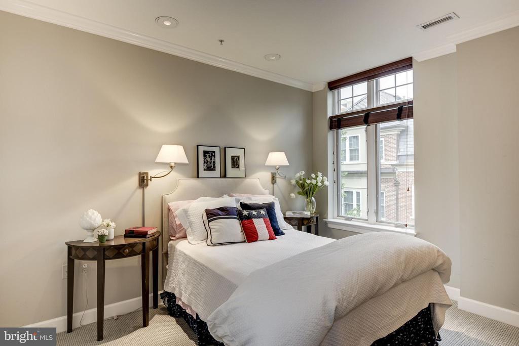 Bedroom 3 - 7405 ARLINGTON RD #402, BETHESDA