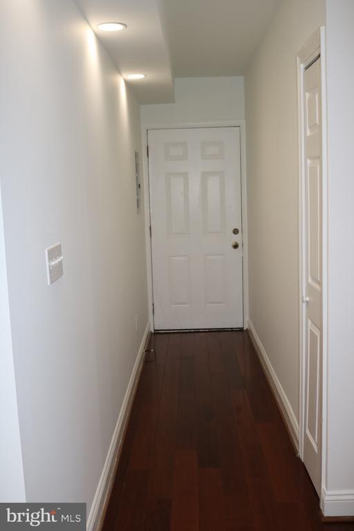Unit Hallway - 1125 12TH ST NW #2, WASHINGTON