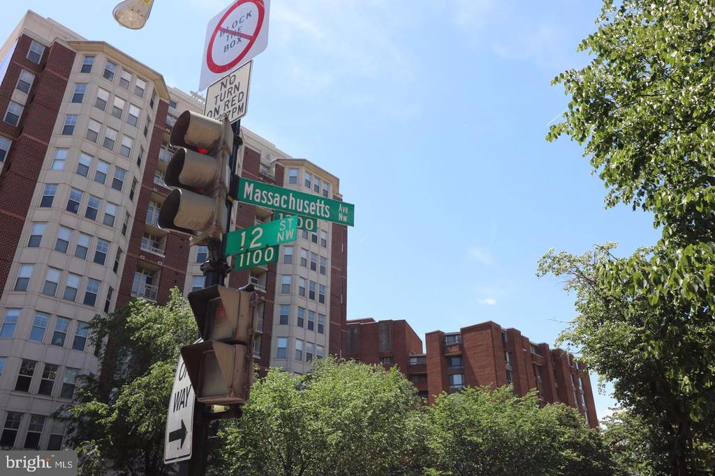 Intersection nearby - 1125 12TH ST NW #2, WASHINGTON