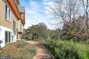 Path to Basement's own private entrance - 12606 TRILLIUM GLEN LN, LOVETTSVILLE