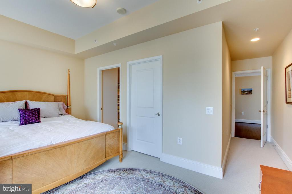 Bedroom - Master - 11990 MARKET ST #2114, RESTON