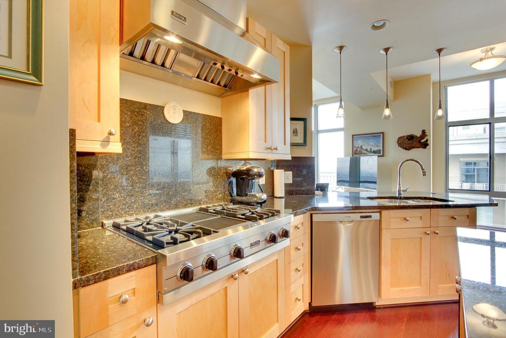 Kitchen - 11990 MARKET ST #2114, RESTON