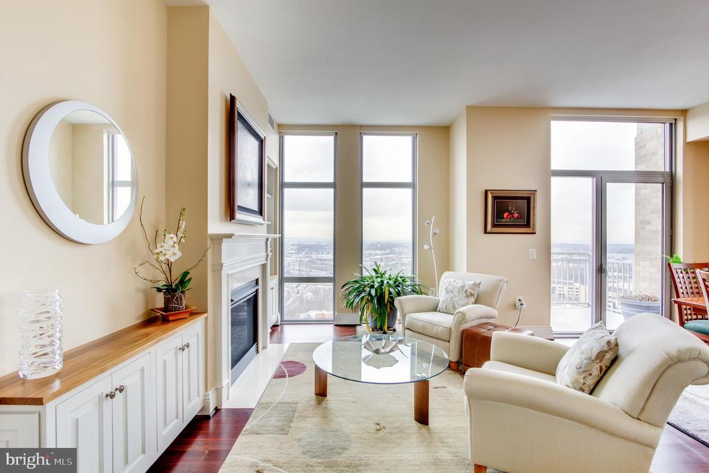 Living Room - 11990 MARKET ST #2114, RESTON