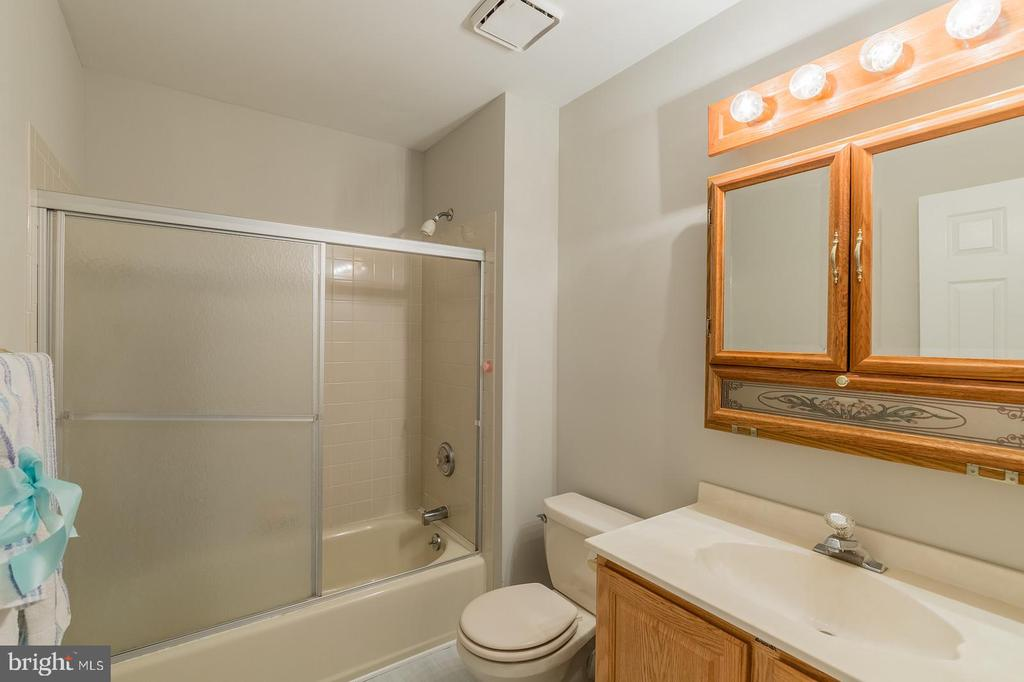 Bath Room #2 - 135 LADY JANE LN, FREDERICKSBURG