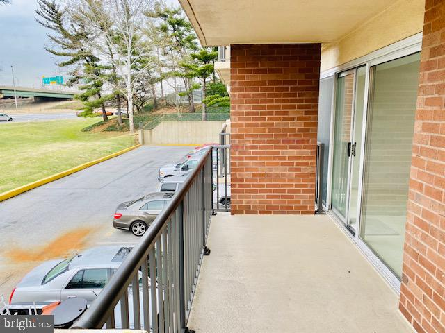 Living Room Balcony - 1300 ARMY NAVY DR #105, ARLINGTON