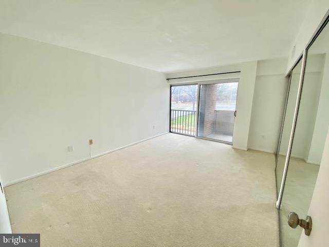 Bedroom-Carpet (parquet~wood~floors under carpet) - 1300 ARMY NAVY DR #105, ARLINGTON