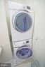 Convenience of upstairs laundry room - 647 WHETSTONE GLEN ST, GAITHERSBURG