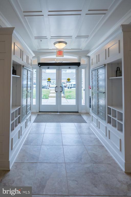 Front Foyer of Building - 20570 HOPE SPRING TER #401, ASHBURN