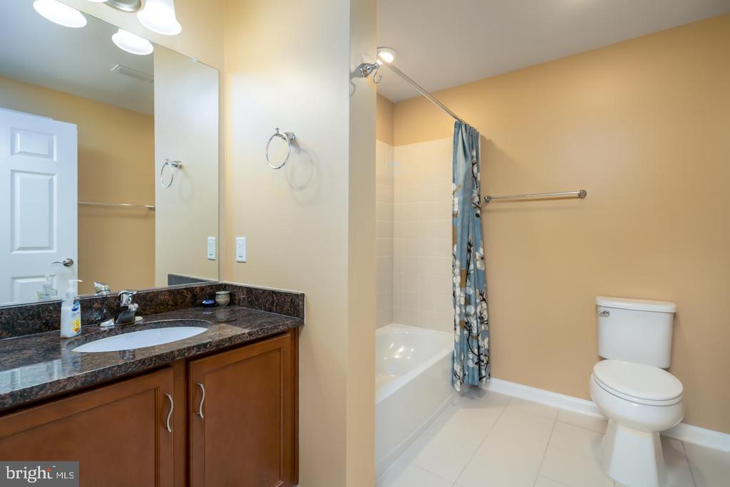2nd Full Bath - 20570 HOPE SPRING TER #401, ASHBURN