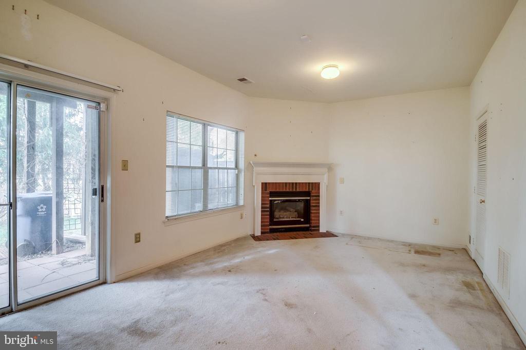 Lower level Family room - 44031 FLORENCE TER, ASHBURN