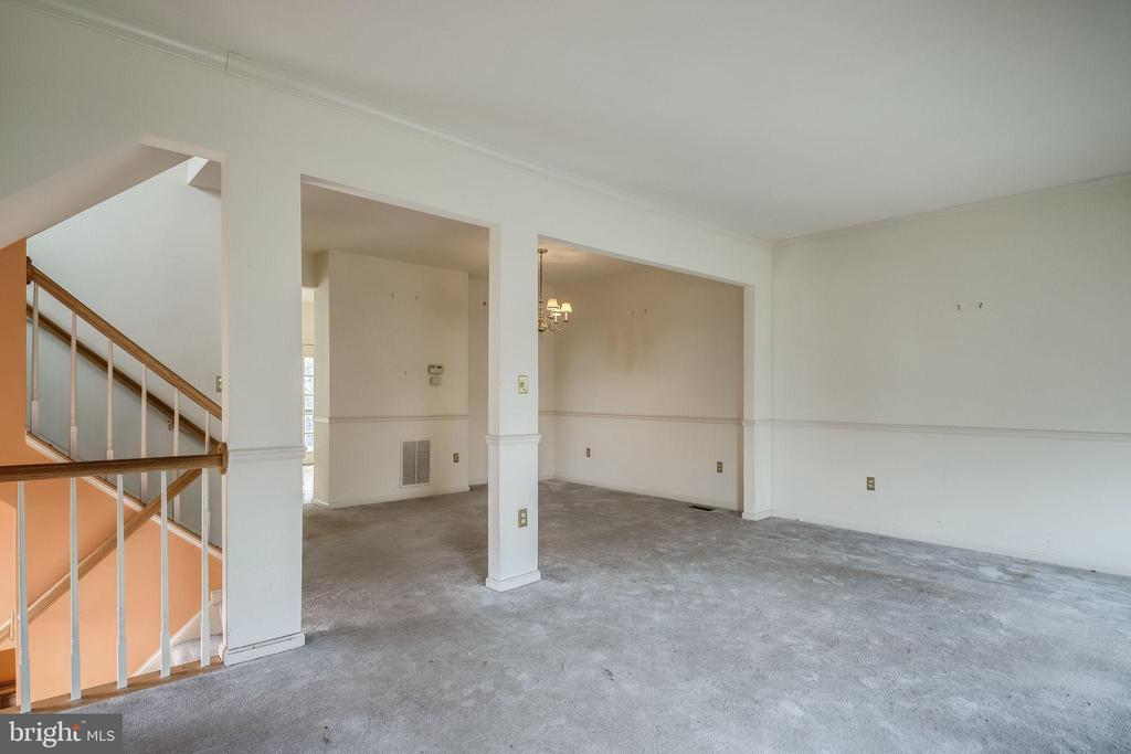 Living Room - 44031 FLORENCE TER, ASHBURN