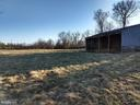 run-in shed & rear paddock - 20775 AIRMONT RD, BLUEMONT