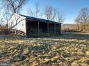 large run-in shed in rear paddock - 20775 AIRMONT RD, BLUEMONT